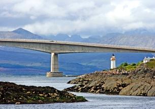 Skye bridge, Hebridene. (foto: Kirsti Jareg)