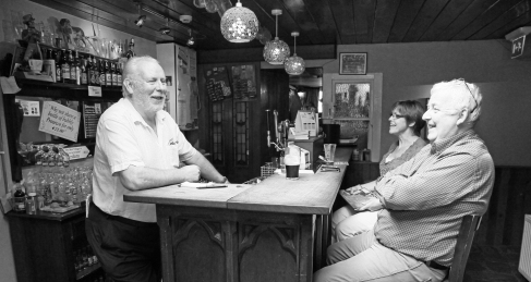 Nancy's Bar, Ardara (Photo: Kirsti MacDonald Jareg)