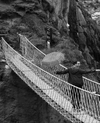 Carrick-a-Rede ropebridge, Antrim (Photo: Kirsti MacDonald Jareg)