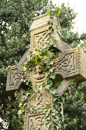 Celtic cross, Kinsale (Photo: Kirsti MacDonald Jareg)